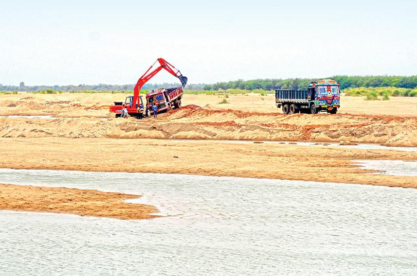 Tracking sand mining